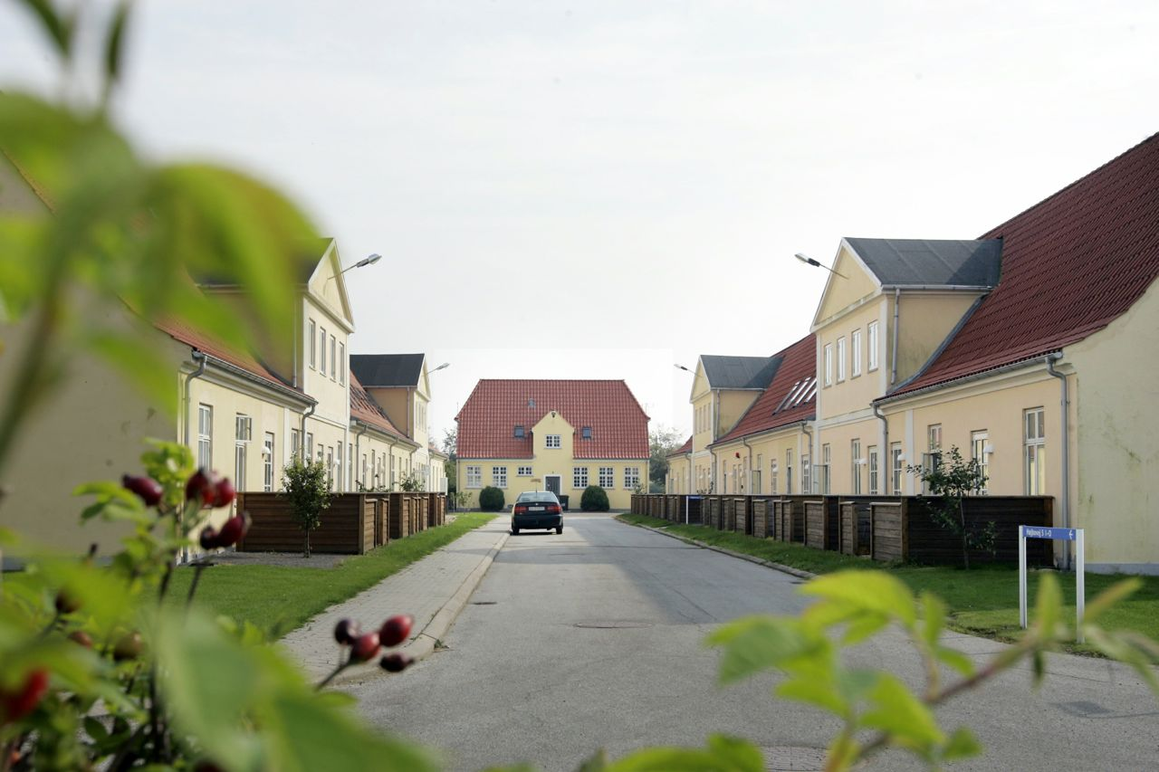 Rødbygård